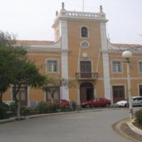 Câmara Municipal da Praia. Foto Lourenço Gomes, 2008..png