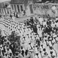 25 Desfile dos Falcões na povoação de Santo Antão. Foto de Manuel N. Ramos, 1936..jpg