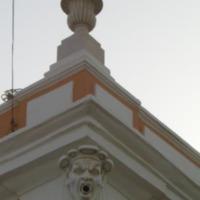Camara Municipal da Praia, gárgula. Foto de Lourenço Gomes, 2007.png