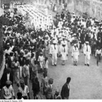 27 Desfile dos Falcões em Santo Antão (Povoação). Foto de Manuel N. Ramos, 1936..jpg