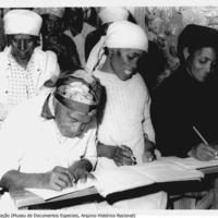 Aula de alfabetização. Museu de Documentos Especiais, Arquivo Histórico Nacional  de Cabo Verde.jpg