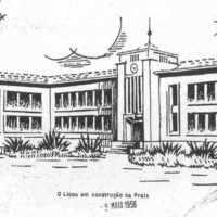Perspectiva do edifício do liceu da Praia, linóleo de L. Melo (Mocidade, 1956, Abril 22).jpg